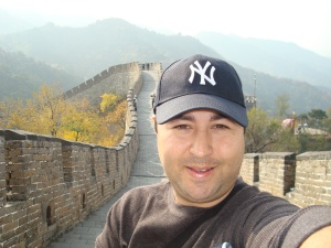 rick on chinas great wall mutianyu 3 weeks after microdiscectomy